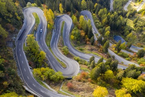 Roads to Avoid: Learn about the Most Dangerous Roads in the United States