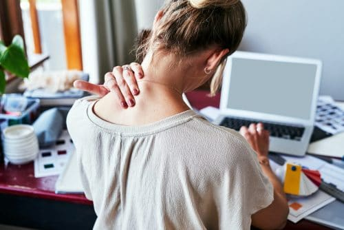 Three Things to Do if Your Neck Starts to Ache After a Fresno Car Accident